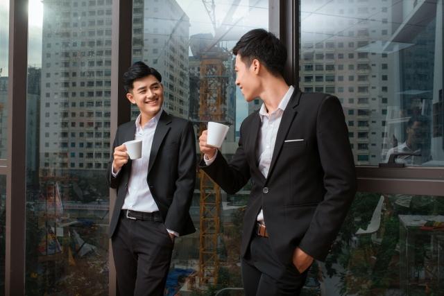オフィスの高層階にいながら、ロボットが配達してくれたコーヒーが飲めるって本当?